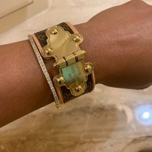 Louis Vuitton Jewelry - Louis Vuitton bracelet